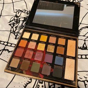 Bh x Sylvia gani shadow palette
